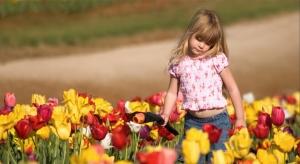 slide_children-photography-beautiful-candid